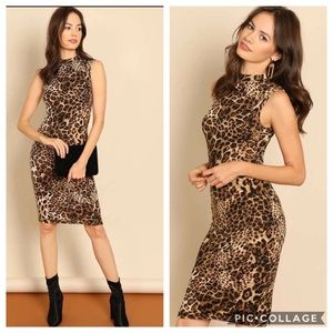 🐾1 LEFT NEW Mock-Neck Leopard Bodycon Dress🐾